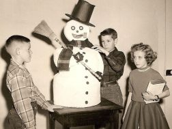 Menlo students of Miss Blanche Toles prepare for the holidays ( mid 1950's)