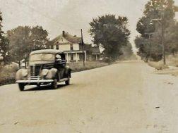 Road leading from downtown Summerville toward Menlo